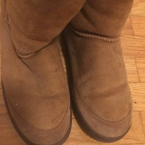 UGG Shoes - Ugg Revival Short Boots (PreOwned)